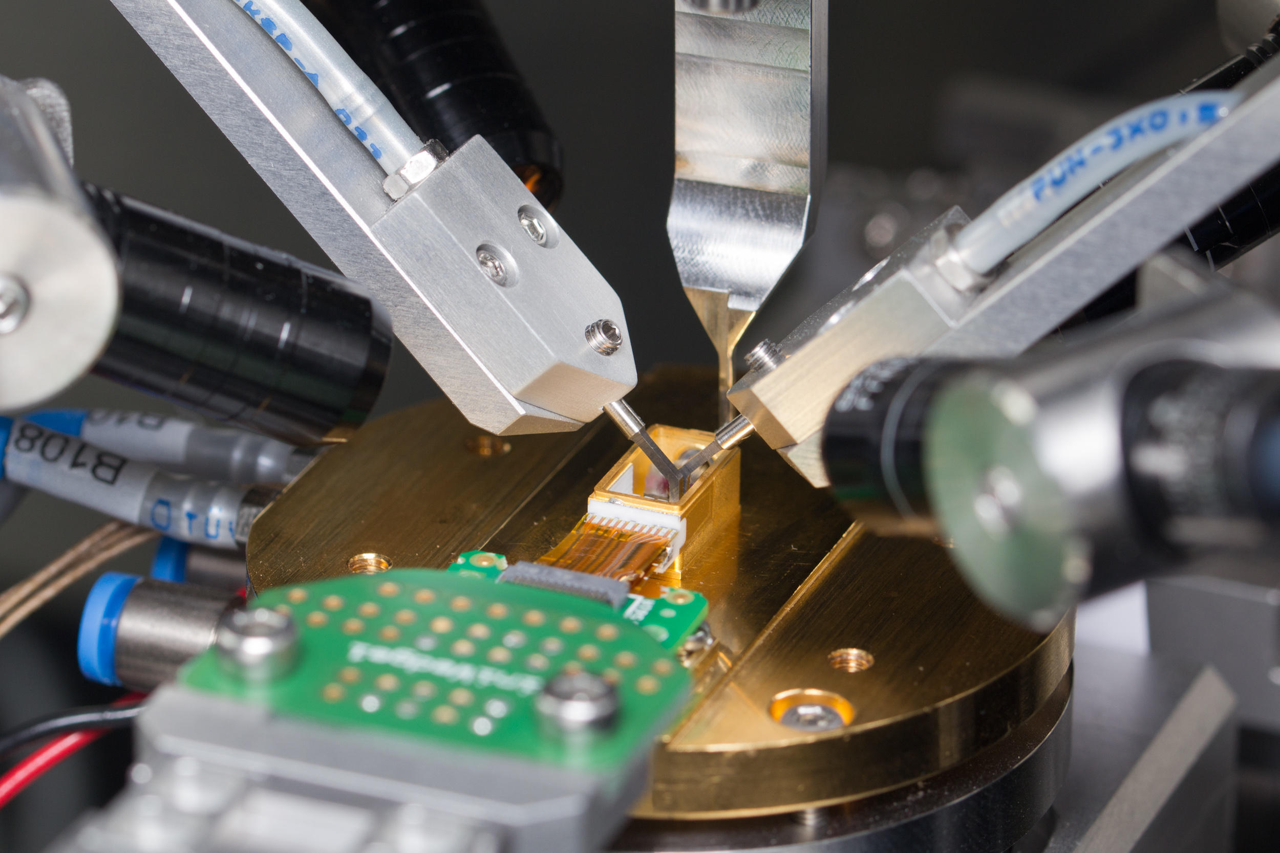 Automatic Silicon Photonics Packaging Systems From